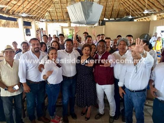 La obra pública municipal será para constructores acapulqueños: Adela Román