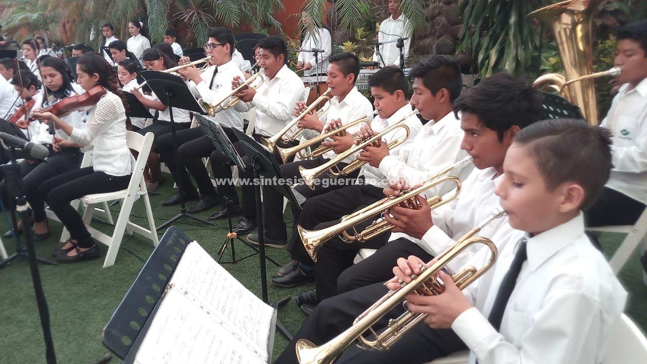La Orquesta sinfónica Esperanza Azteca Acapulco celebra su quiento aniversario