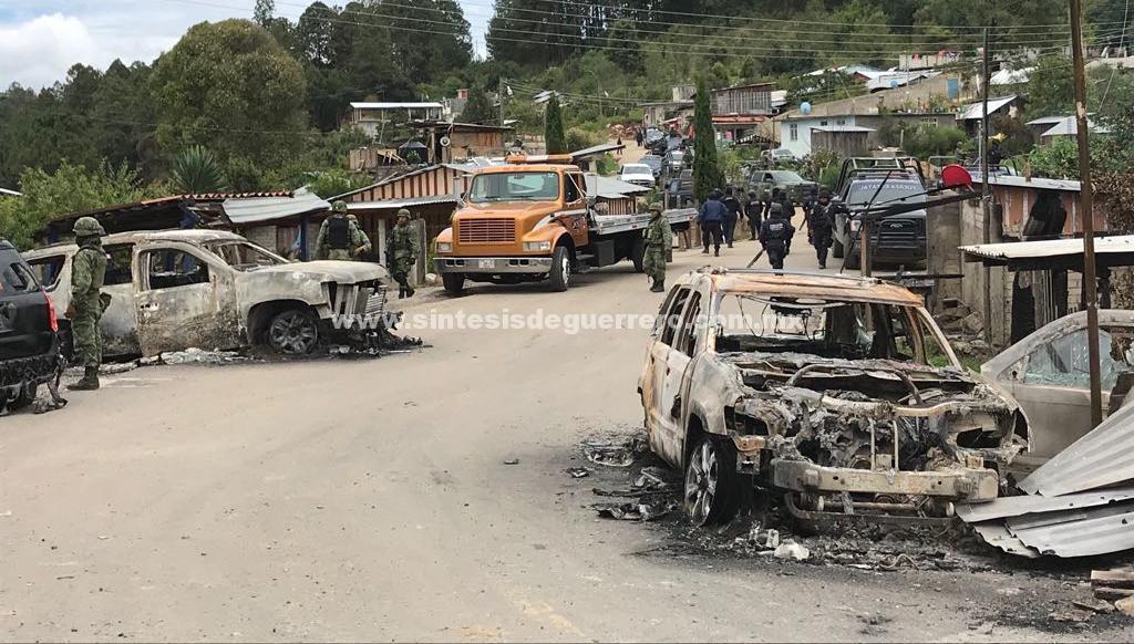 Se desplazan familias, médicos y maestros de la Sierra de Guerrero; elecciones serían canceladas