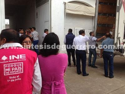 Llegan a Chilapaboletas electorales para la jornada electoral
