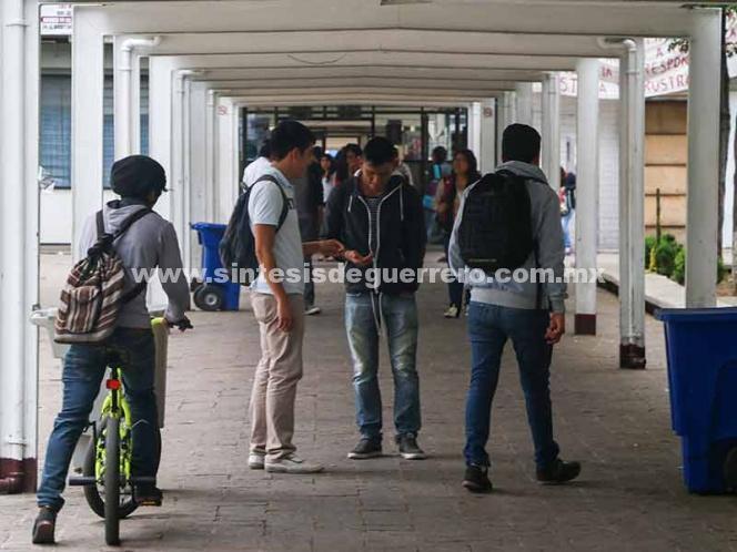 Lanza IPN nuevo programa de becas para evitar la deserción escolar