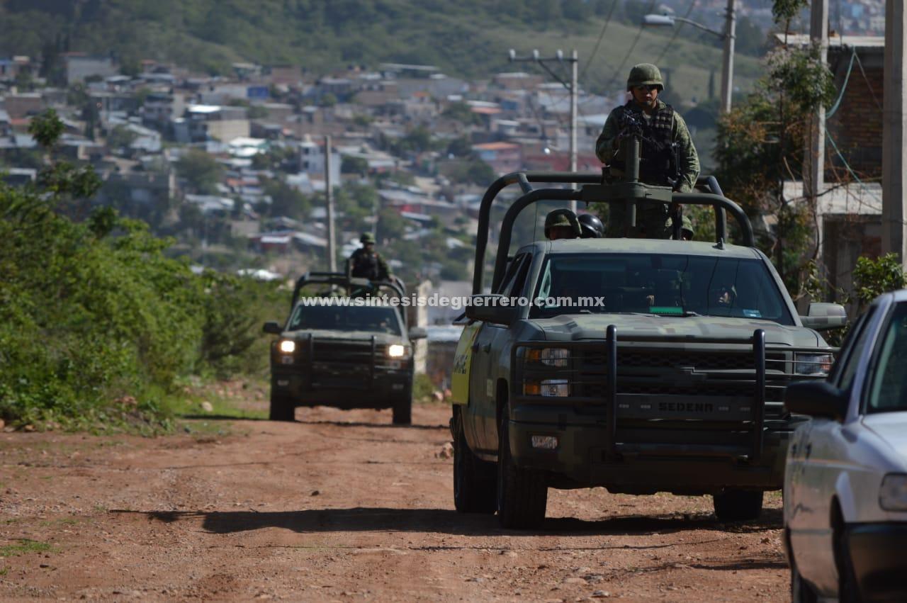 Ejecutan a dos taxistas y hallan tres cadáveres en Chilapa