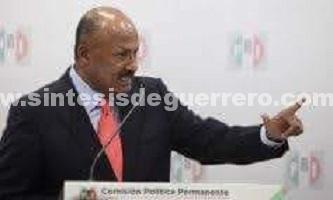 Renuncia hoy al CEN del PRI René Juárez Cisneros
