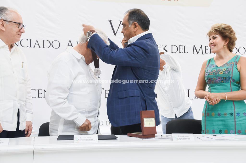 """Encabeza el Gobernador Astudillo """"Día del Abogado"""" y entrega medallas al """"Mérito Jurídico 2018"""""""
