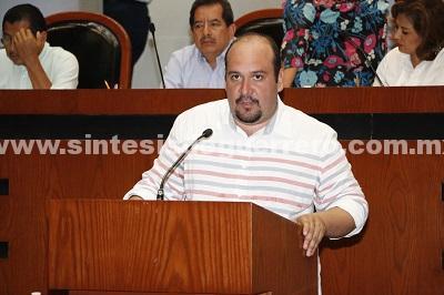 Propone el diputado Eduardo Cueva Ruiz iniciativa de reforma a la Ley de Hacienda del Estado de Guerrero