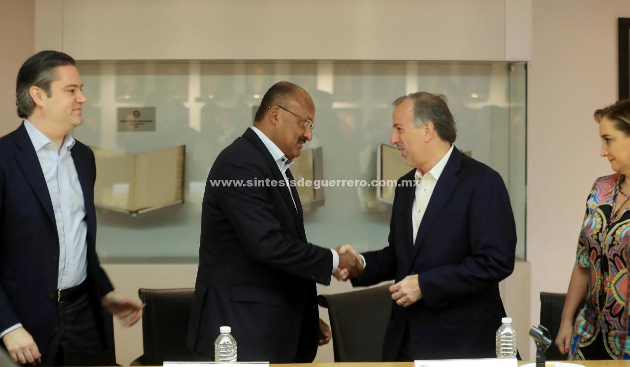 José Antonio Meade se reúne con la dirigencia del PRI