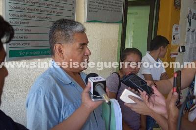 Denuncian en Derechos Humanos a alcaldesa de Ayutla