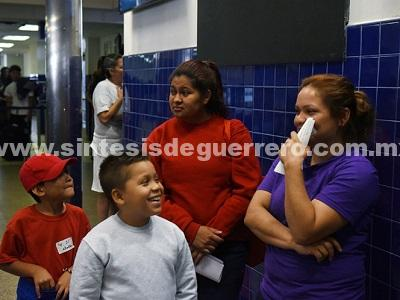 Jueza de Los Ángeles nombrará a supervisor de niños inmigrantes