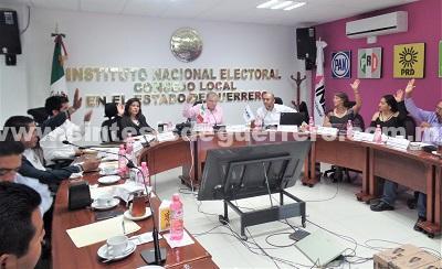 Entregan constancia de mayoría a senadores en Guerrero