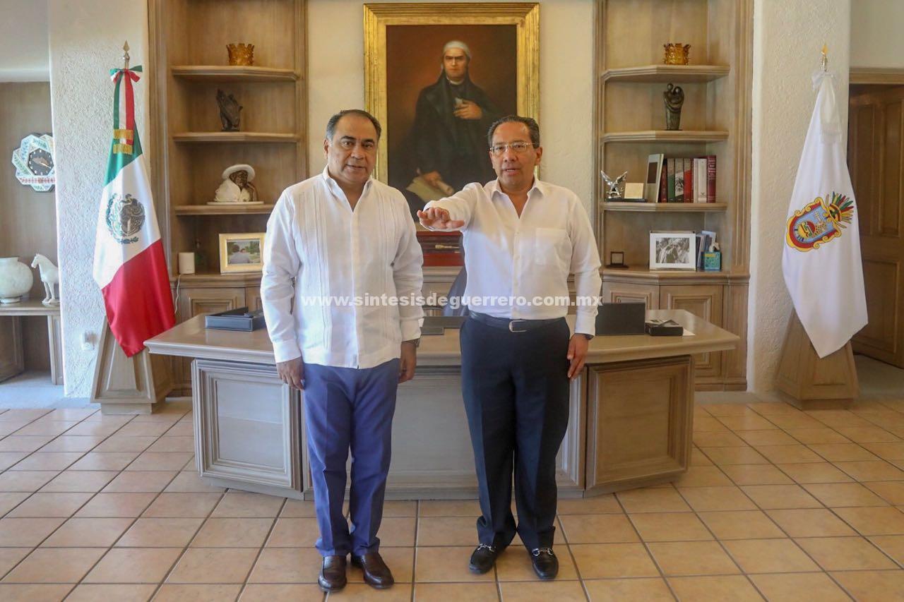 Designa el Gobernador a Fermín Alvarado como Director General del Colegio de Bachilleres en Guerrero