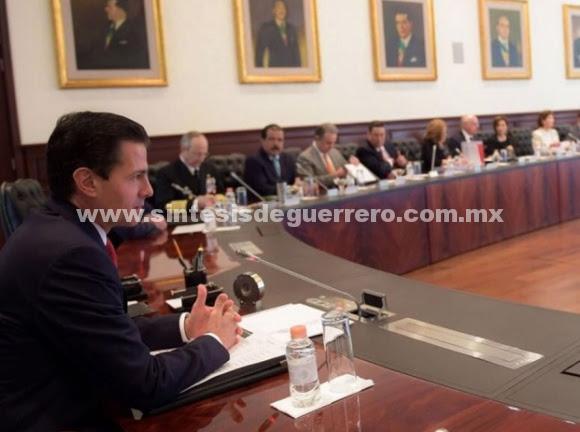 Peña revisa con gabinete lineamientos para entrega de administración