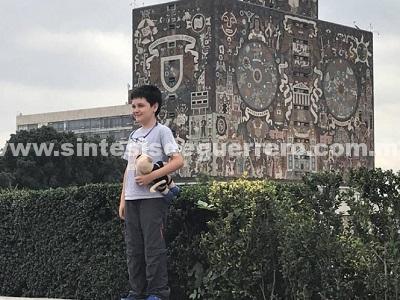 Sin importancia, el coeficiente intelectual: niño genio de la UNAM