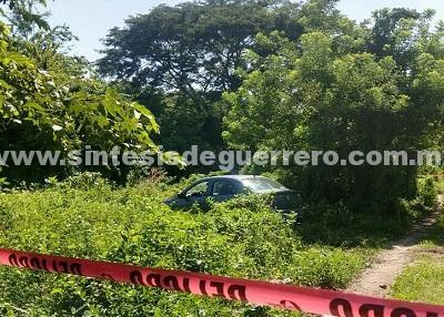 Dejan un hombre desmembrado en la cajuela de un automóvil, en Acapulco