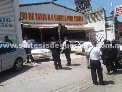 Más violencia en Acapulco; atacan sitio de taxis y dejan cabeza humana con narcomensaje