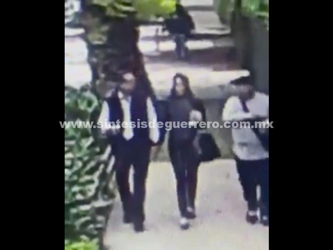 En cinco segundos delincuente asalta a una pareja en Polanco