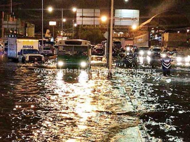 Lluvias desatan el caos en la ciudad