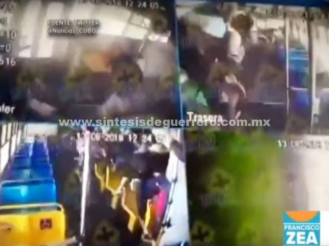 Así vivieron pasajeros volcadura de camión en Jalisco