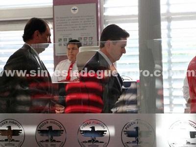 Rodrigo Medina, libra las acusaciones por el caso KIA