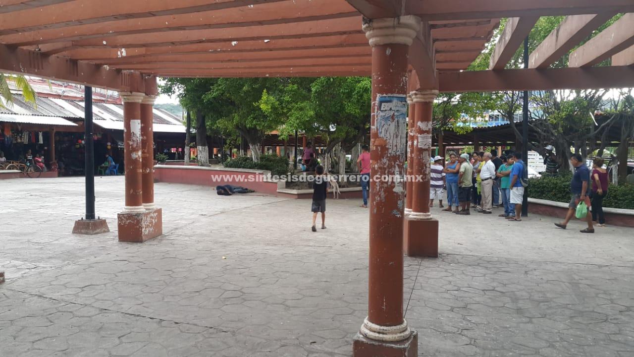 Otro hombre ejecutado en el centro de Zihuatanejo