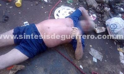 Hallan a hombre sin vida en un pozo, dentro de un taller mecánico en Iguala