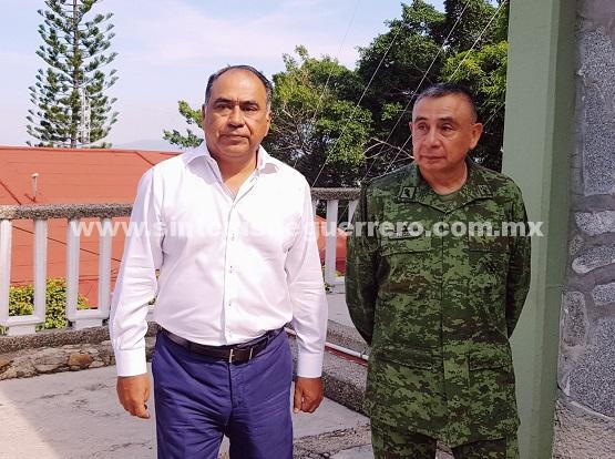 Tratan el Gobernador y el jefe de la novena región militar. operativo regreso a clases