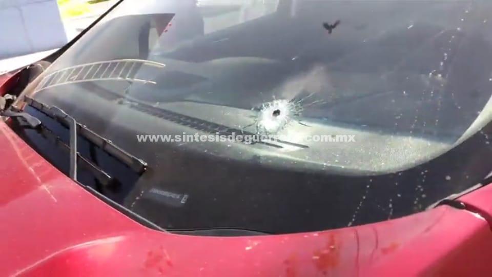 Disparan contra turistas en Autopista del Sol para robarles su camioneta; una herida