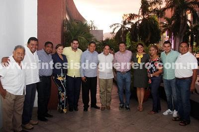Se reúne Evodio con ediles y diputadoselectos de Nueva Mayoría