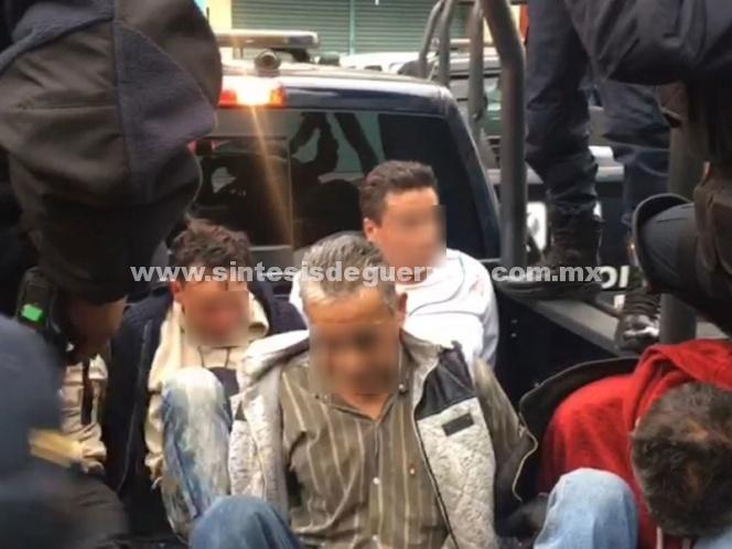 Dos muertos y cinco detenidos tras balacera en Ferrocarril de Cintura
