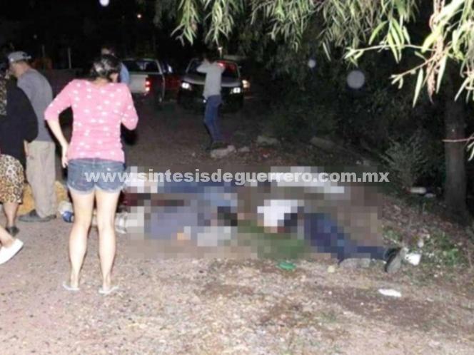 Comando ejecuta a seis jóvenes en Guanajuato