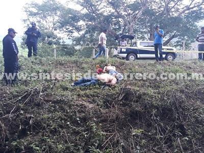 Asesinan a dos hombres en Tecpan