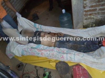 Asesinan a un taxista y a un mecánico, en Tecpan