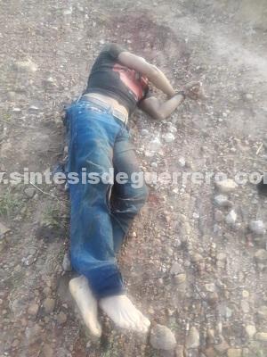 A balazos, aesinan a un hombre en Santa Cruz, Chilapa