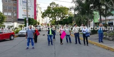 Padres de estudiantes de primaria en Chilpancingo bloquean avenidas por obra inconclusa
