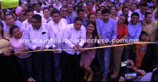 Inaugura Evodio Velázquez segunda etapa de la Vía Rápida