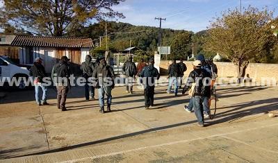 Se levantan en armas 6 pueblos de la Sierra, por narco guerra