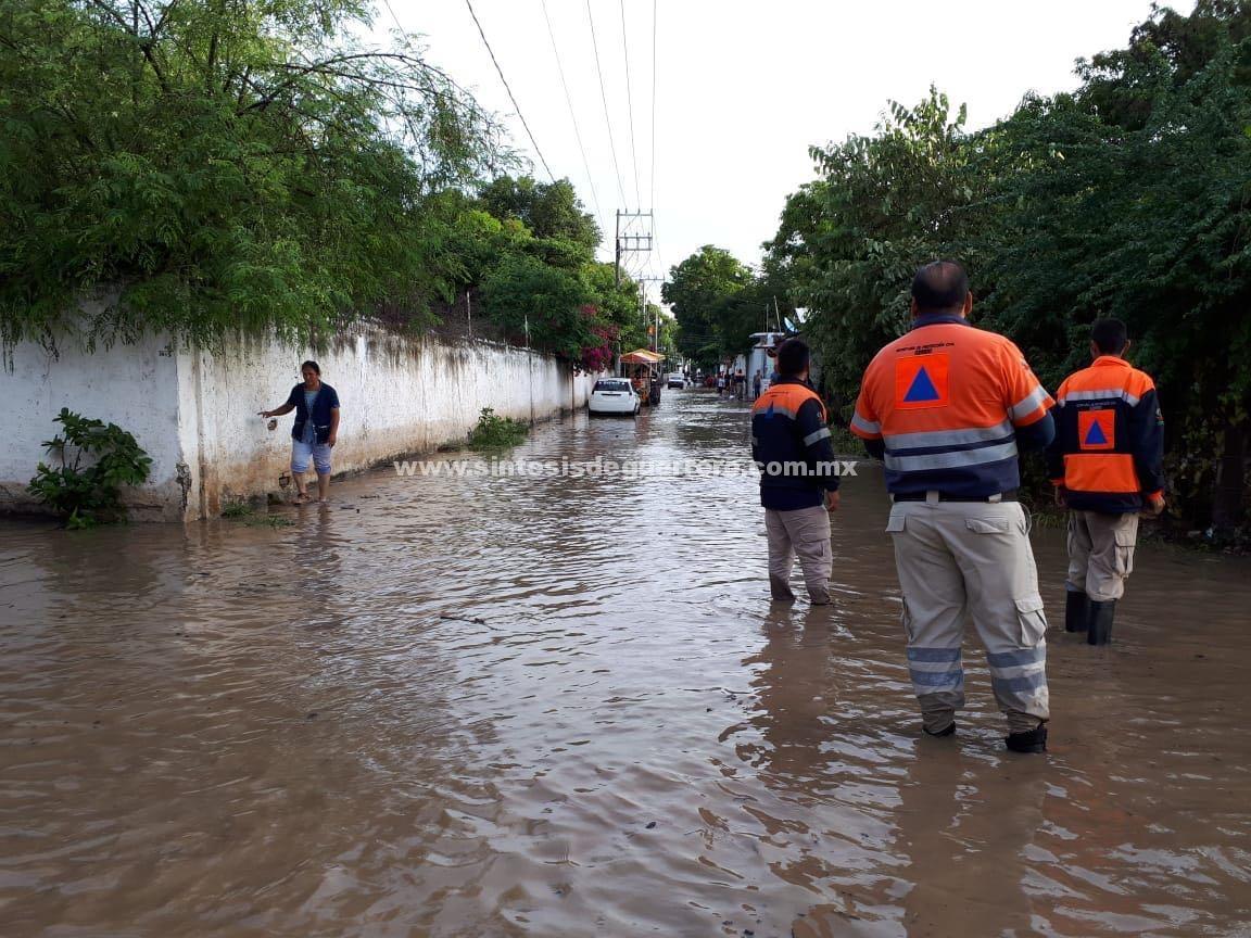 Se desborda el río Cocula; inunda parte de la cabecera municipal y 4 comunidades