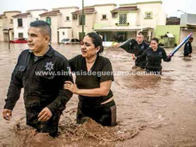 El país se hace agua; tormenta tropical causa caos en Sinaloa y Sonora