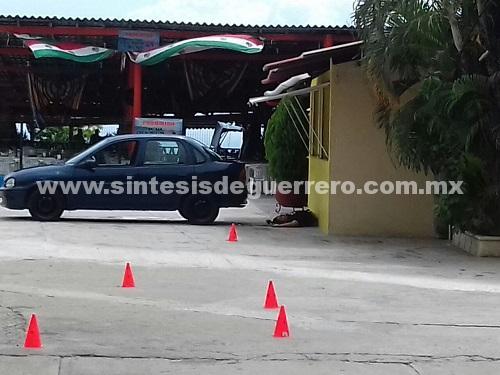 Asesinan a un hombre dentro de un restaurante en Acapulco