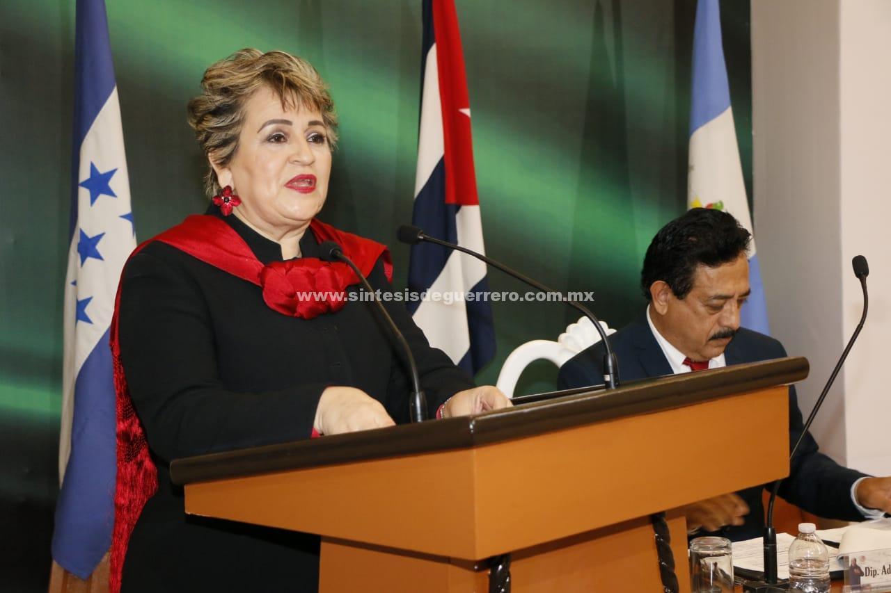 Verónica Muñoz Parra aseguró que el destino de un estado democrático no puede ser obra de voluntades individuales