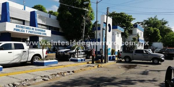 Desarmados, reanudan labores los elementos de la Policía de Acapulco