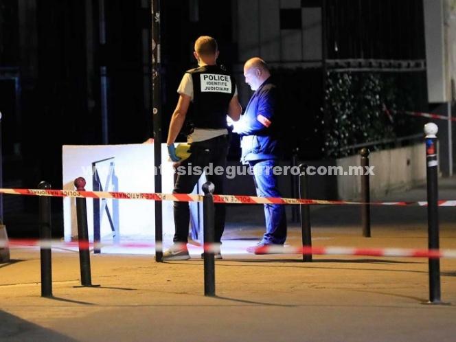 Policía descarta que ataque con cuchillo en París sea terrorismo