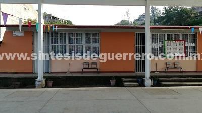 """Roban en la escuela """"Josefa Ortíz de Domínguez"""" de Tixtla"""