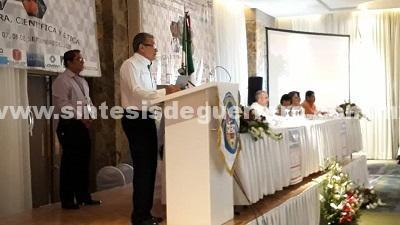 El secretario de salud, Carlos de la Peña Pintos inauguró el XXIII Congreso Estatal de Cirugía General