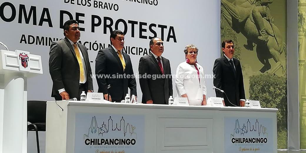 Toma de protesta Toño Gaspar y pide perdón por décadas de malos gobiernos en Chilpancingo