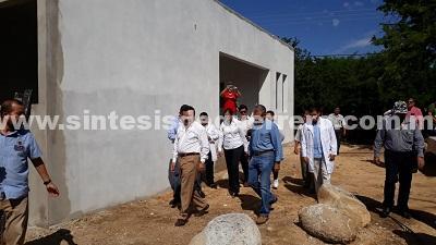 Supervisa De la Peña Pintos obras de unidades de salud en la región de Costa Grande