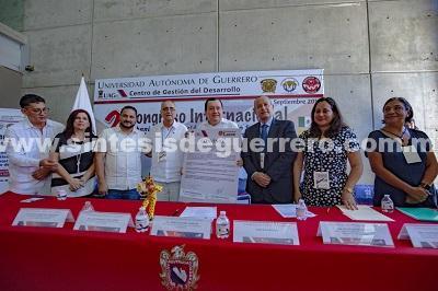 Firma Javier Saldaña convenio con Universidad de Colombia para ampliar internacionalización
