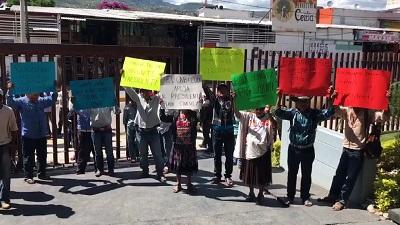 Disputan familia y suplente del alcalde desaparecido, la presidencia municipal de Cochoapa