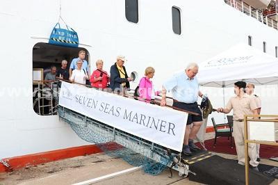 """Con más de mil personas, llega al puerto el """"Seven Seas Mariner""""; Registra el Acapulco Dorado una ocupación del 95.4 por ciento"""