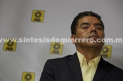 Por crisis en el PRD, suspenderán salarios y despedirán personal