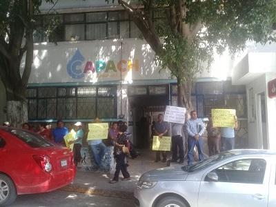 Trabajadores de CAPACH protestan para exigir su salario
